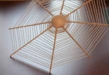 Spinnenweb van wol