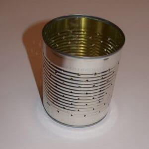 Blik met gaatjes