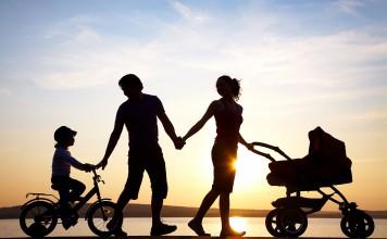 gezin samen op pad