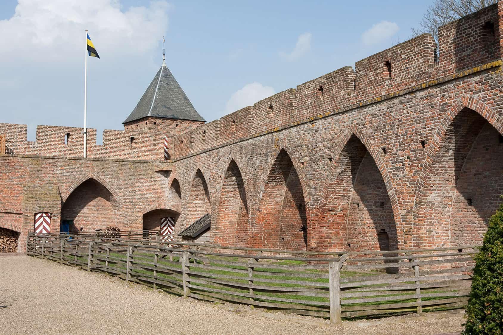 Binnenplaats Kasteel Doornenburg