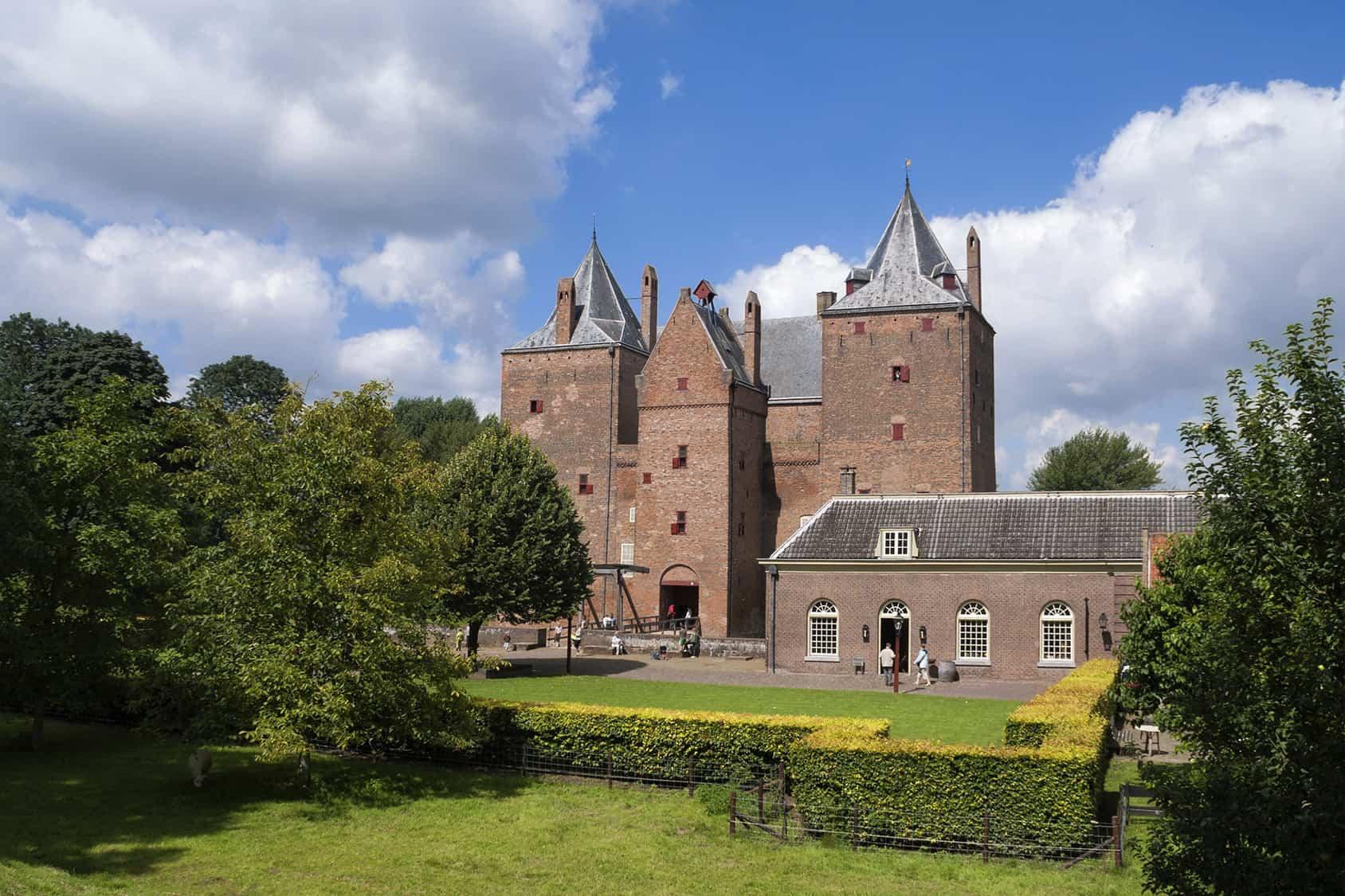 Kasteel slot Loevestein